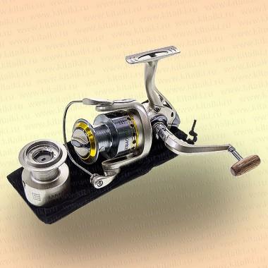 Безынерционная катушка LXR4000F, 10 подшипников, передний фрикцион